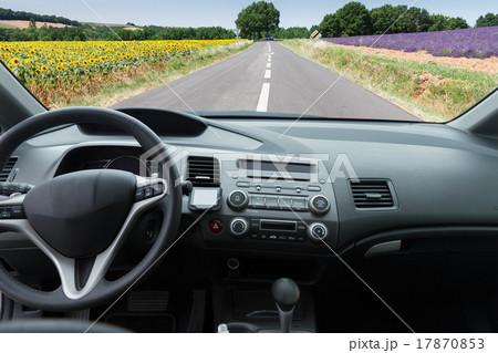 car windscreen with road 17870853 pixta. Black Bedroom Furniture Sets. Home Design Ideas