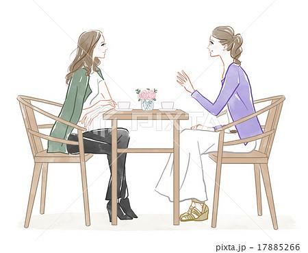 カフェで話をする2人の女性 17885266