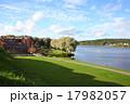 ハメーンリンナのハメ城からのぞむハメ湖 17982057