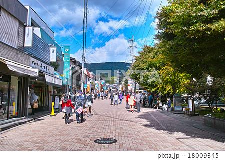 旧軽井沢銀座のメインストリート 18009345