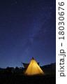 キャンプの夜空 18030676