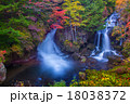 紅葉の奥日光 竜頭ノ滝 18038372