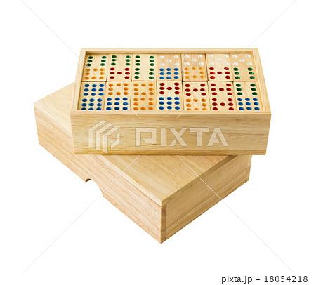 Wooden Domino in boxの写真素材 [18054218] - PIXTA
