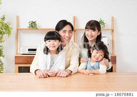 家族 18070881
