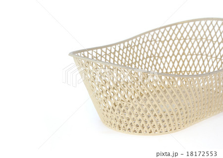 empty white basket plastic on white backgroundの写真素材 [18172553] - PIXTA
