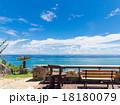 沖縄の海辺カフェ 18180079
