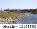 多摩川を渡る京王7000系電車 18196568