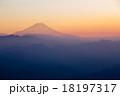 富士山 霞 夕暮れの写真 18197317