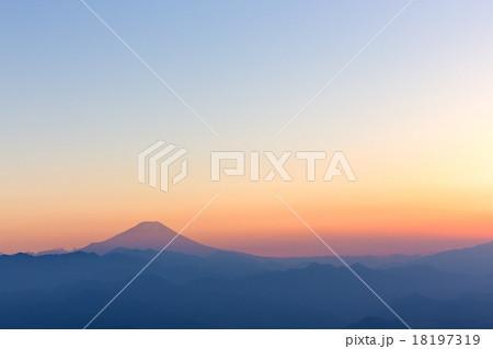 富士山・陣馬山より 18197319