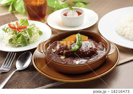 ハンバーグ 皿