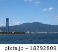 比叡山と琵琶湖 18292809