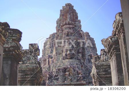 カンボジア・世界遺産ワットトム 18306200