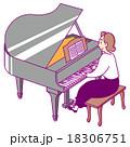 ピアノを弾女性 18306751