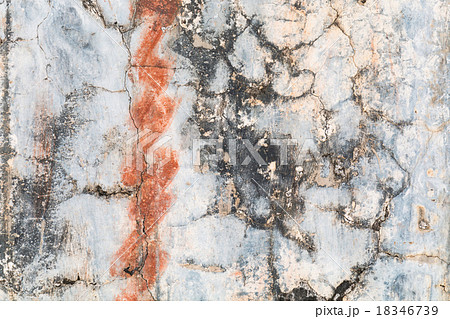 grunge wall texture with rust and cracks の写真素材 18346739 pixta
