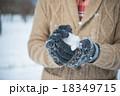 雪遊び 18349715