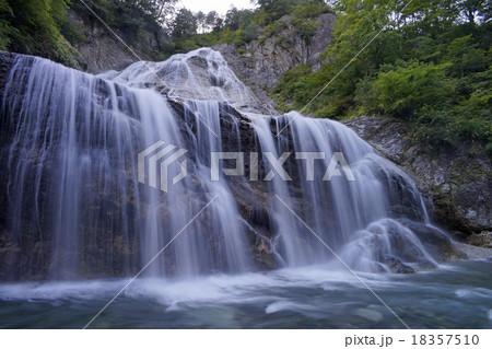 日本の滝百選 姥ヶ滝の写真素材 ...
