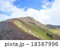 岩手山山頂へと続く登山道 18387996