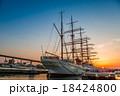 海王丸パークの夕陽 18424800