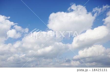 絵に描いたような雲 18425131
