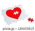 ハートのジクソーパズル 18443815