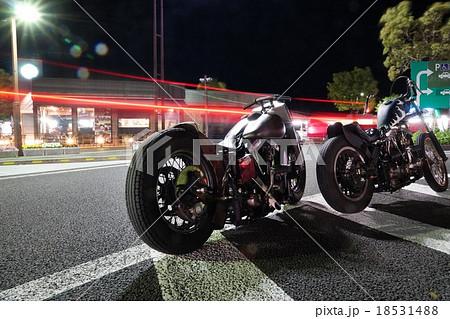 夜のバイクツーリング 18531488