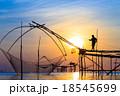 漁師 反映 写りの写真 18545699