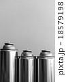 スプレー缶 18579198
