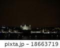 夜のロンドン塔 テムズ川を挟んで 18663719