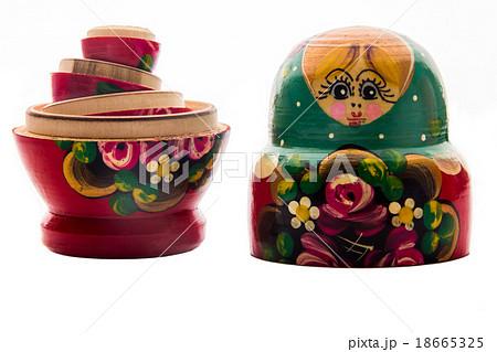 Russian Doll (Babushka) on white backgroundの写真素材 [18665325] - PIXTA