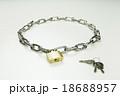 鍵 錠 南京錠の写真 18688957
