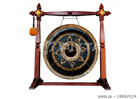 Thai native Gong isolated on white background.の写真素材 [18692024] - PIXTA