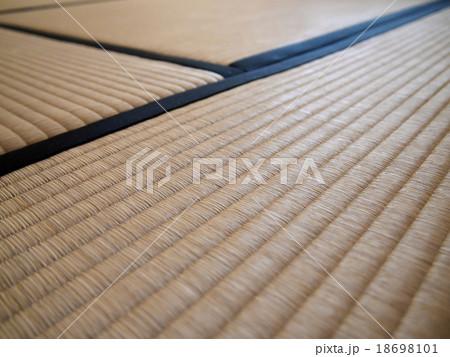 居間の畳 18698101