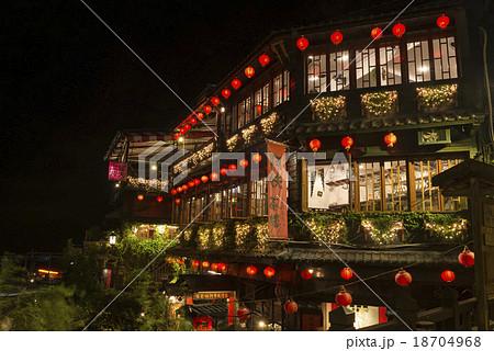 台湾、九份の夜景 18704968