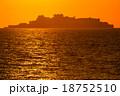軍艦島と夕陽 18752510