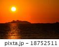 軍艦島と夕陽 18752511