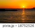 軍艦島と夕陽 18752526