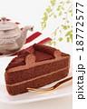 チョコレートケーキ 18772577