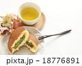 どら焼き 和菓子 お菓子の写真 18776891