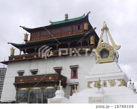 ガンデン寺 18788109