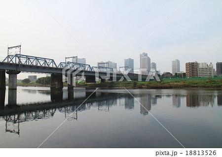 川と鉄橋 18813526