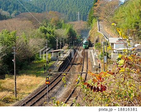 JR九州 久大本線野矢駅、ゆふいんの森1号 18816381