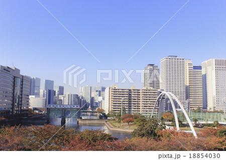 東京・天王洲の街並み 東品川海上公園より 18854030