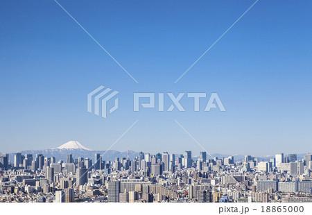 高層ビルと富士山 18865000