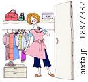 洋服を選ぶ女性 18877332