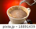 コーヒー ドリップコーヒー ドリッパーの写真 18891439