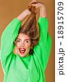 髪 毛 ヘアの写真 18915709