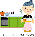 主婦 料理 19014285