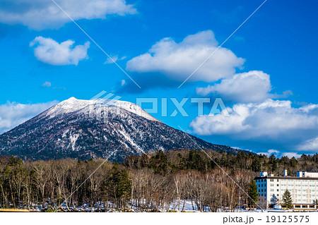 阿寒湖畔 雄阿寒岳 (釧路市) 19125575