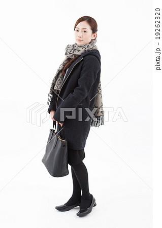冬服の女性ポートレート 19262320