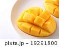マンゴー キューブカット 果物の写真 19291800